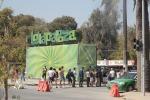 a pocos pasos de la entrada al Lollapalooza Chile 2012